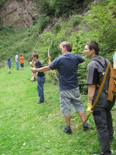 Sommerferien-Programm der Tourist-Info Medebach: Jagen wie die alten Indianer in Referinghausen